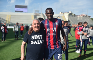 Simy's 14 goals helped to keep Crotone in the Serie B
